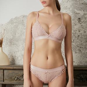 Image 2 - ملابس داخلية جذابة للنساء من ACOUSMA حمالة صدر من الدانتيل رفيعة للغاية على شكل مثلث وكأس حمالة صدر طقم ملابس داخلية للنساء