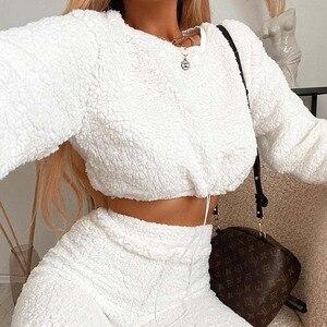 Darlingaga Mode Winter Shaggy Trainingsanzug Frauen Teddy Zwei Stück Set Casual Cropped Sweatshirt und Jogginghose Outfits Anzug 2020