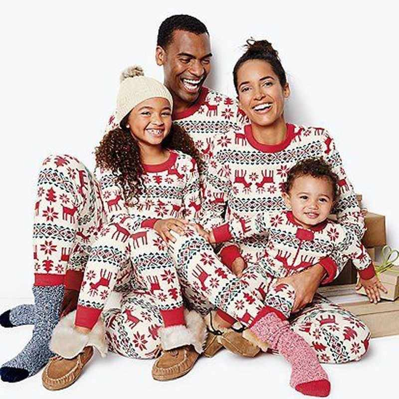 2 PCS Christmas Pajamas Family Matching Cotton Sleepwear Set 2019 New Sleepwear Kids & Parent Print Home Pajamas Clothing Suit