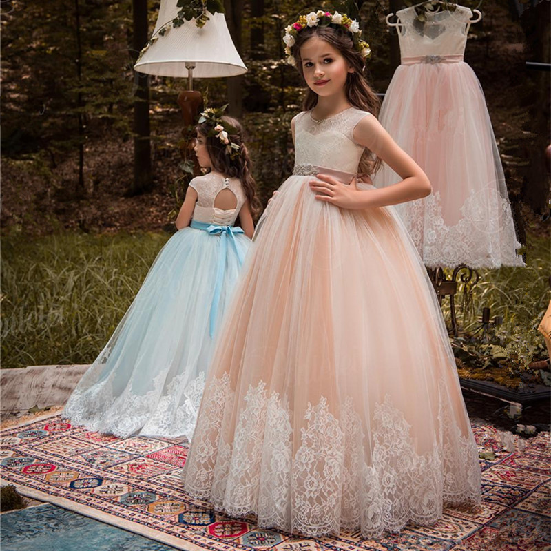 Beautiful Blush And Ivory Flower Girls Dresses Beaded Sash Lace Appliqued Bows Pageant Gowns For Kids Wedding Party Girl Dresses