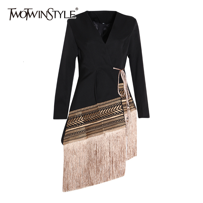 TWOTWINSTYLE Loose Fit Spliced Contrast Color Tassel Belt Jacket New V-neck Long Sleeve Women Coat Fashion Autumn Winter 2019