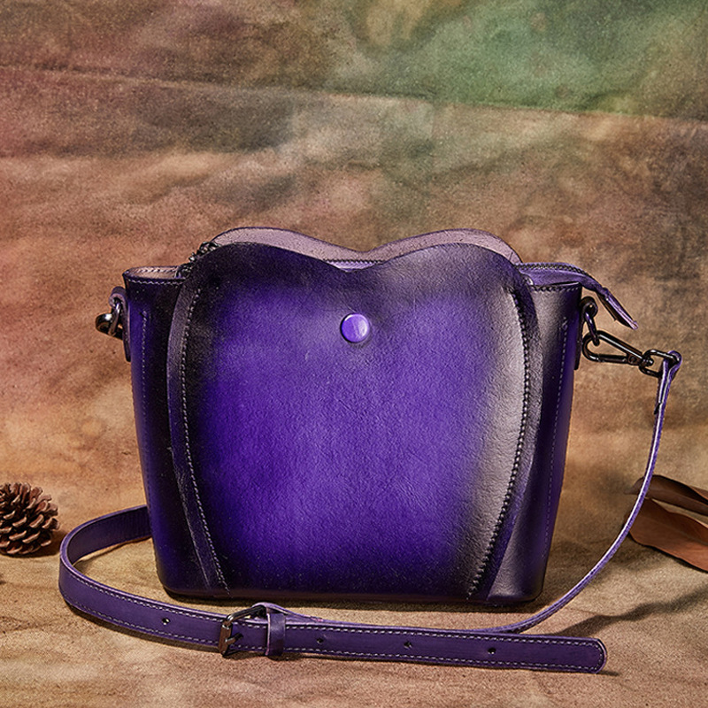 New Genuine Leather Women's Embossed Hand-Painted Hand-Held Messenger Bag