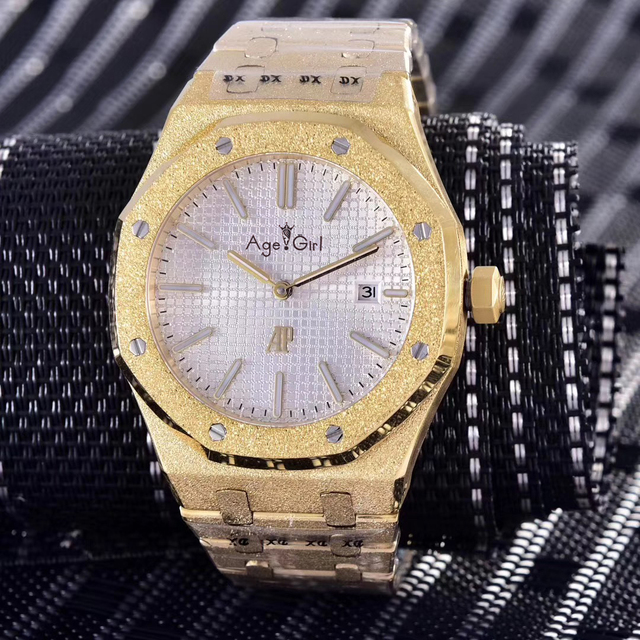 Luxury Brand New Men Automatic Mechanical Watch Stainless Steel Yellow Gold Matte Crystal Diver Sapphire Watches Blue Black AAA+ | Fotoflaco.net