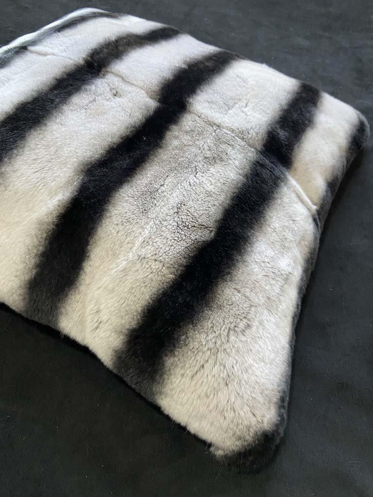 rex chinchilla pillow cover 长图