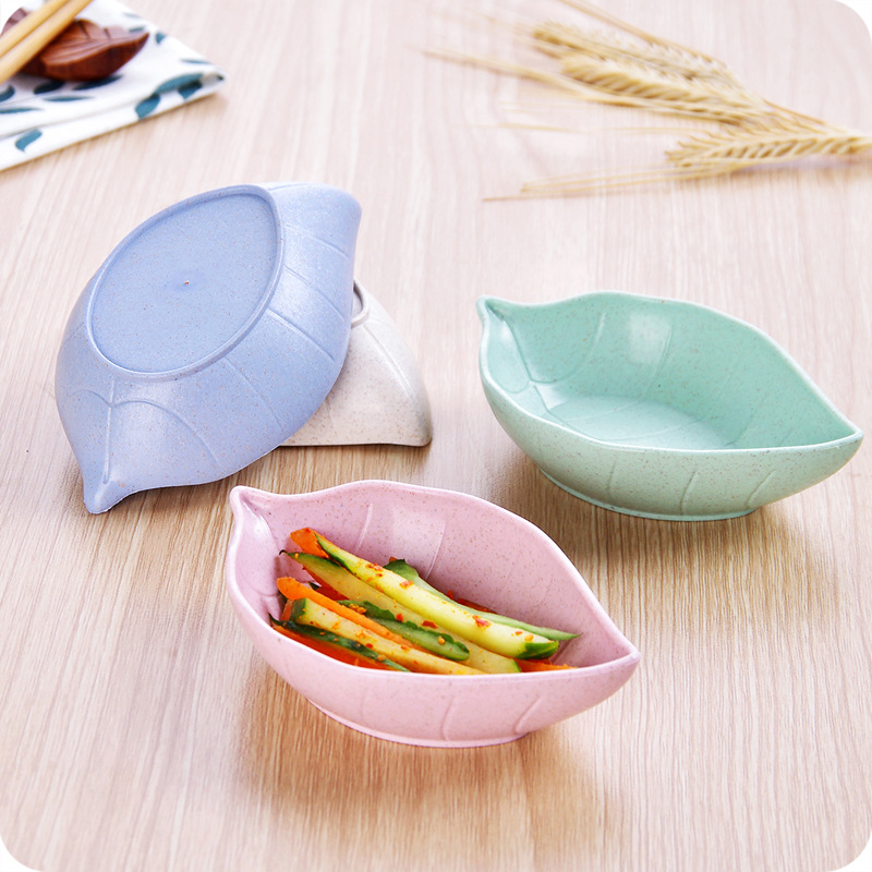 1pcs Hot Sale Soy Sauce Dish Multipurpose Leaf-Shape Small Dish Dessert Appetizer Plates for Vinegar/Salad Soy Sauce/Wasabi