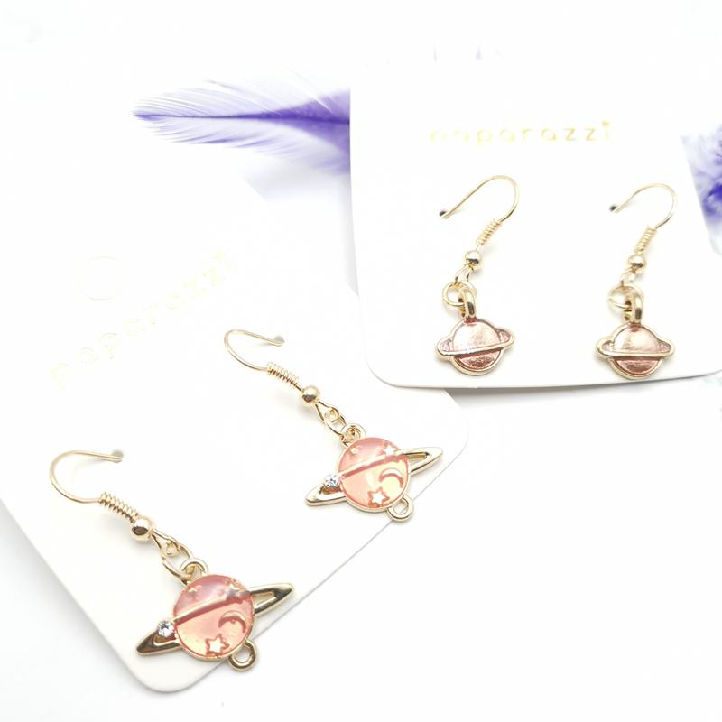 Женские розовые серьги с изображением звездного неба подарок