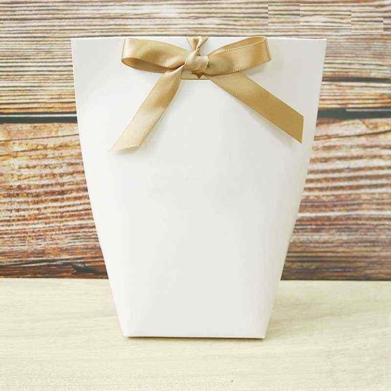 10 قطعة أسود أبيض ميرسي شكرا لك هدية التعبئة والتغليف الحلوى كرافت ورقة حقيبة كوكي حقائب للهدايا الزفاف جولة صغيرة هدية مربع التفاف المورد