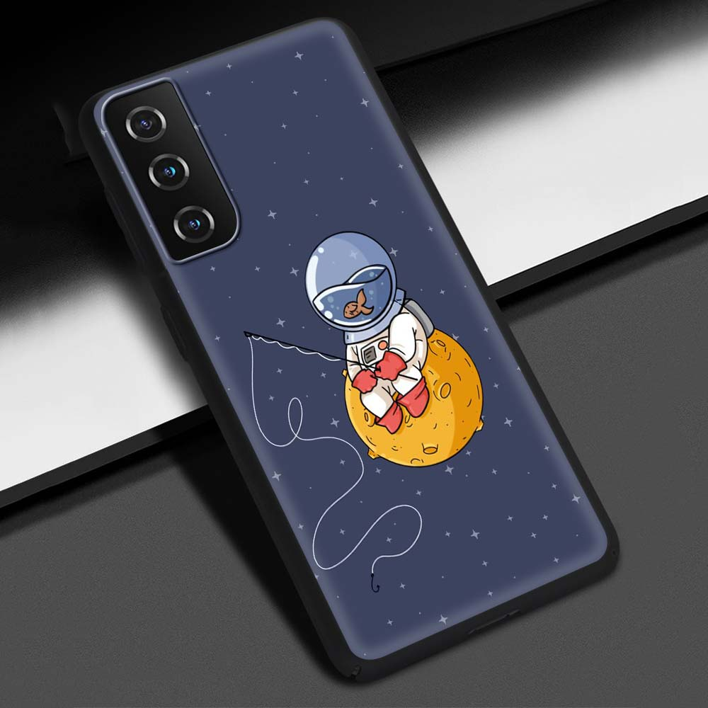 Cute Cartoon Astronaut Planet Phone Case For Samsung Galaxy S20 FE S10 Plus S21 Ultra S8 S9 Plus S10e S7 Edge Black Shell Cover