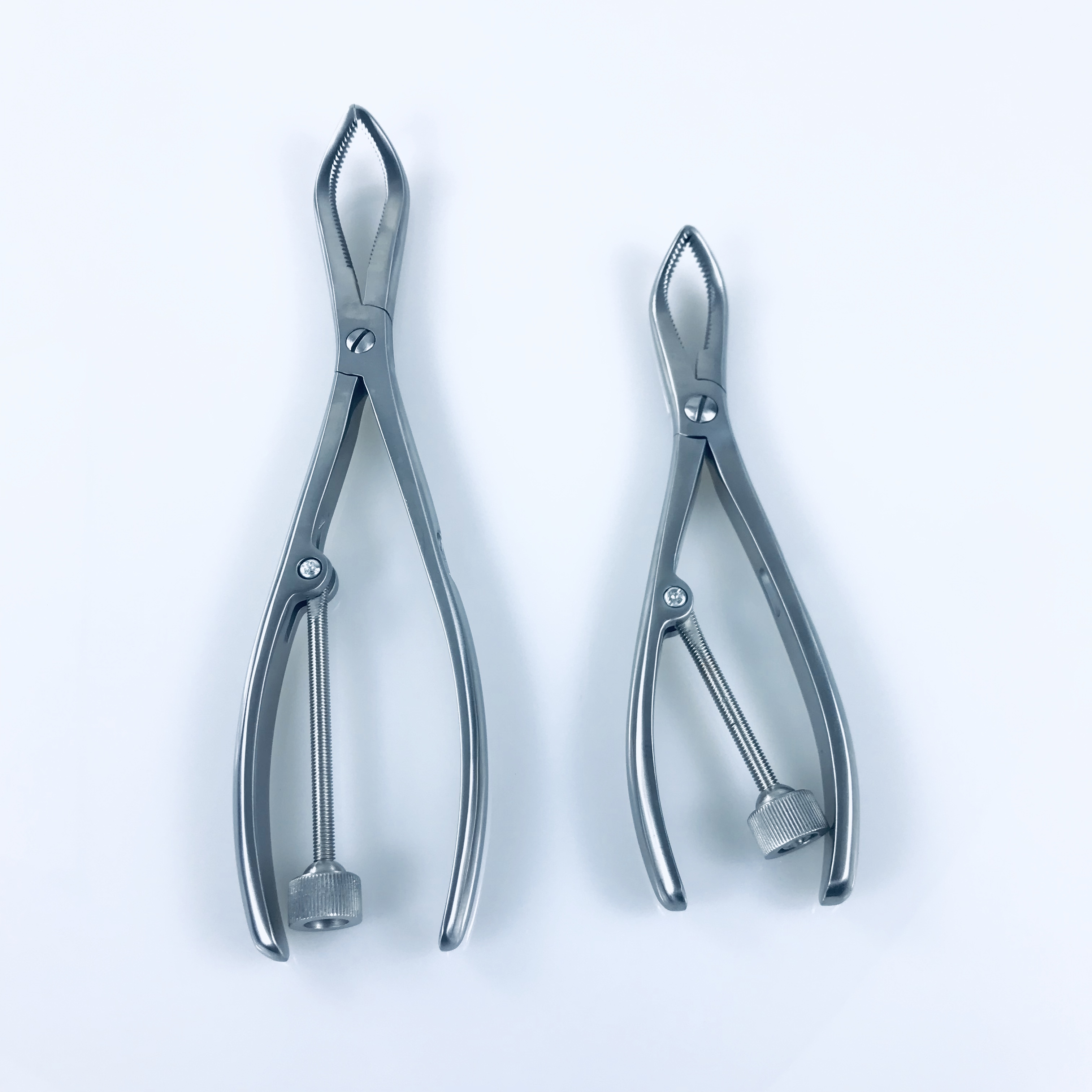 Stainless Steel Toothed Reduction Forceps Upper /Lower Extremity Veterinary Orthopedics Instruments