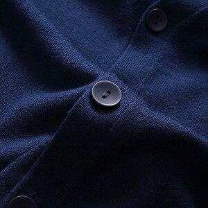 Image 3 - Varsanol camisola de algodão dos homens de manga comprida cardigan camisolas com decote em v solto botão sólido ajuste tricô roupas estilo casual novo
