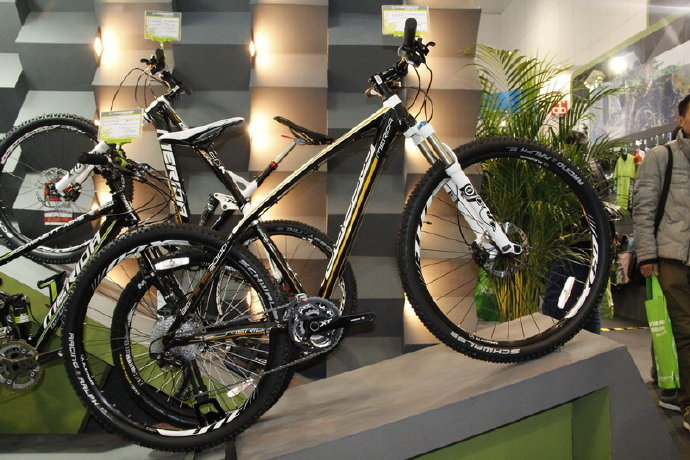 "C6 Best selling 26"" 500W 48V 10AH Lithium Battery E-bike electric bike 18"