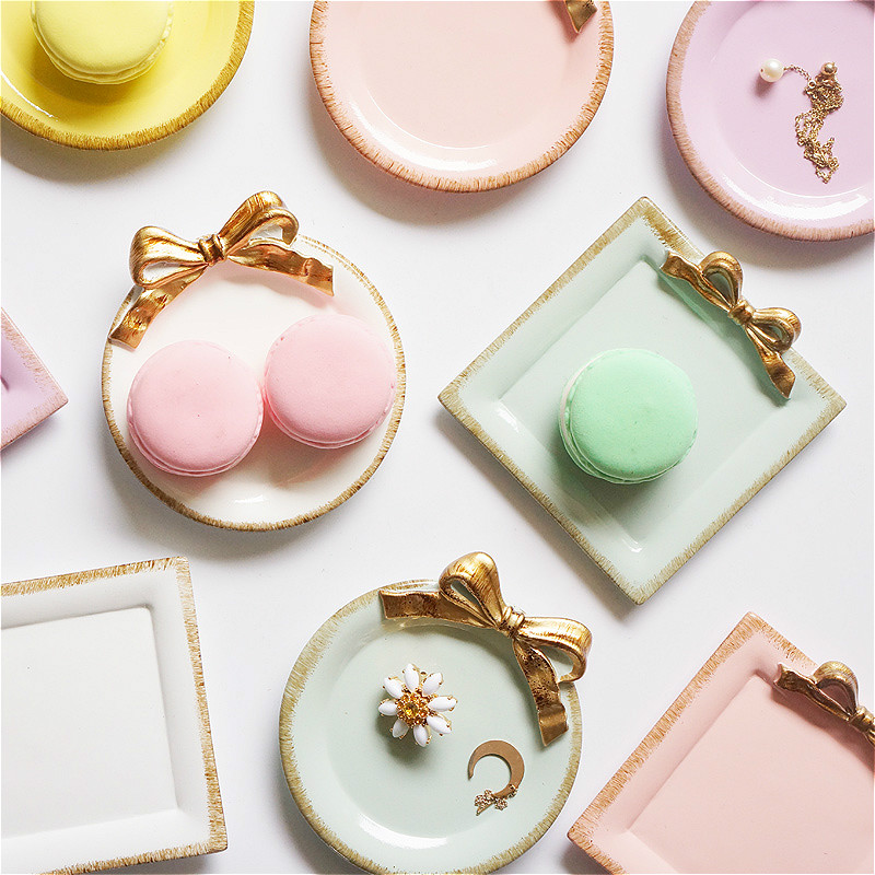 Nordic Resin Bow Cake Food Storage Trays Round/Square Makeup Organizer Macaron Color Dessert Jewelry Plate For Home Decorative