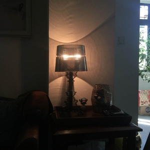 Image 4 - Moderne Ghost Shadow Helder Transparant Acryl Tafel Lampen Slaapkamer Bed Studie Acryl Bureau Lampen Eenvoudige Licht