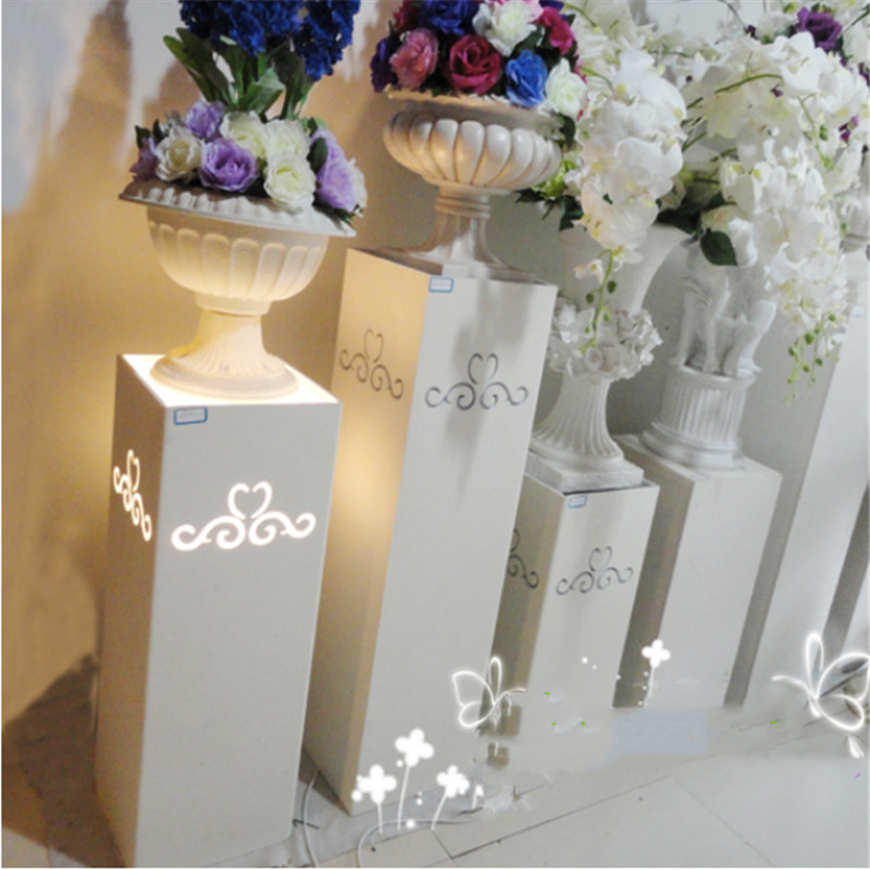 New wedding props Continental carved road lead hollowed out Roman column flower stand Stage background decoration