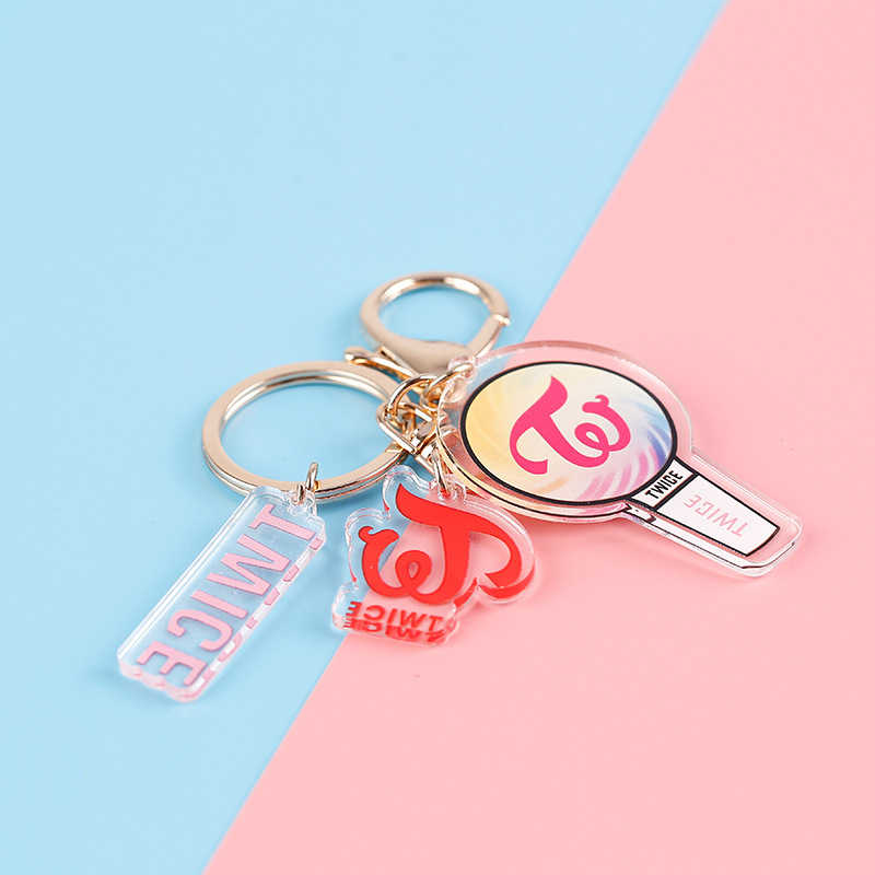 Kpop Blackpink EXO פעמיים GOT7 Keychain Cartoon אלבום אקריליק Keyring אוהדי מתנות