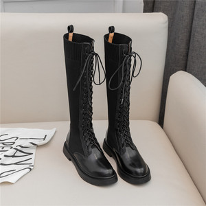 Image 4 - Nova marca de moda feminina na altura do joelho botas de couro de vaca deslizamento em saltos quadrados famosas senhoras de inverno sapatos tamanho 34 40 botas de motocicleta
