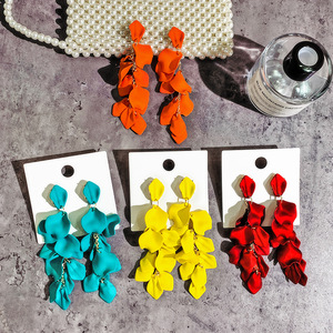 Exaggerated Acrylic Petal Flower Tassel Long Earrings For Women Beach Holiday Jewelry Red Yellow Blue Colors