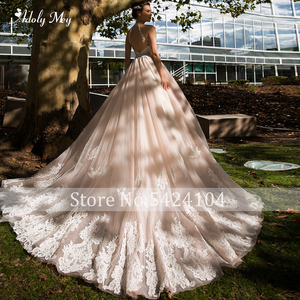 Image 2 - Adoly מיי רומנטי הלטר צוואר ללא משענת אונליין חתונת שמלת 2020 יוקרה חרוזים Sashes אפליקציות משפט רכבת Vintage כלה שמלה