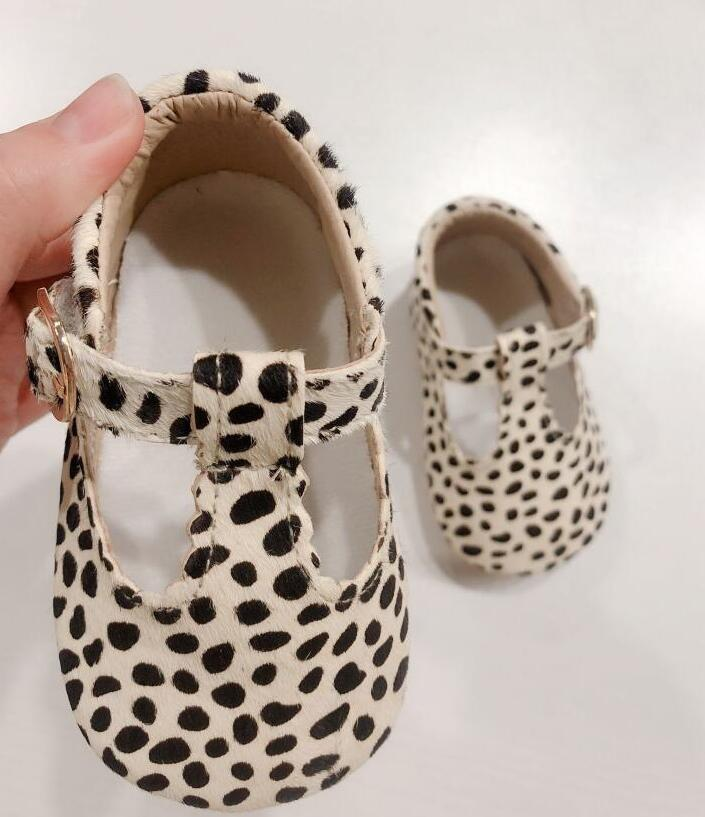 2019 New  Genuine Leather Baby Shoes Leopard Print Girls Soft Sole Boys First Walkers T- Bar Summer Baby Moccasins