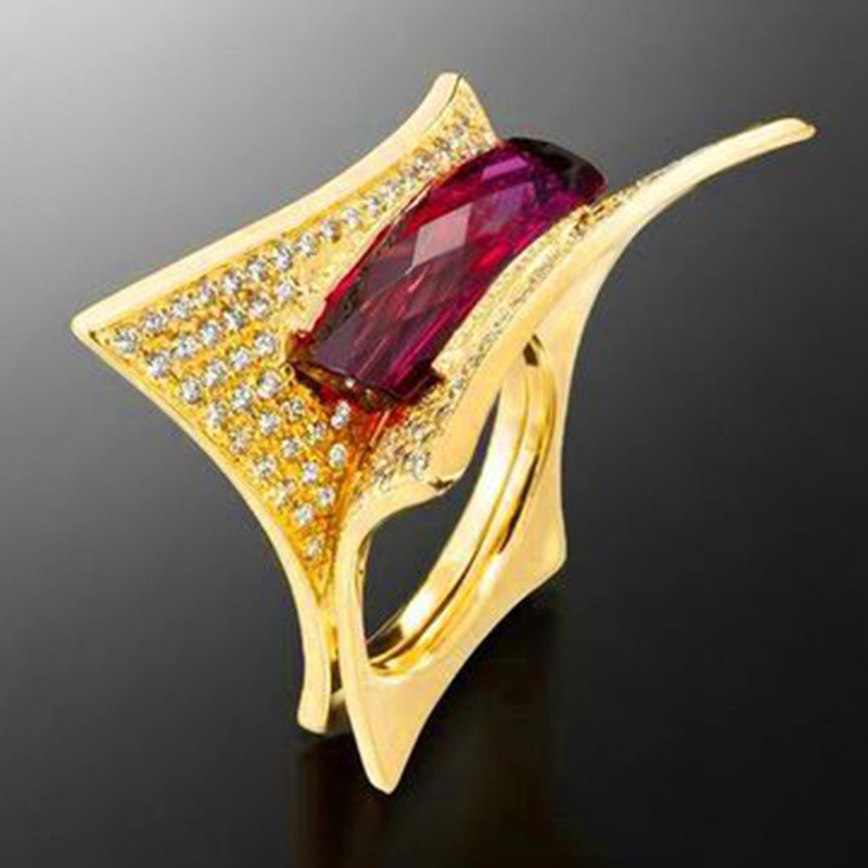 Fashion Design Geometric Bridal Ring For Women Red Square Zircon Cocktail Party Ring Gold Color Wedding Anniversary Rings
