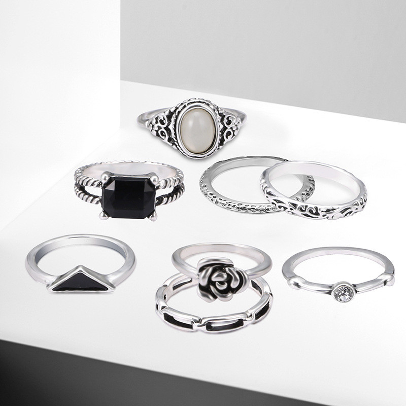 NJ Democracy wind ring female retro hipster personality ring ring 8 piece set accessories in Jewelry Sets from Jewelry Accessories