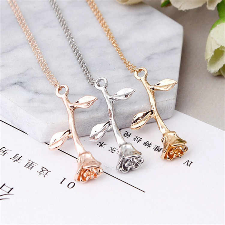 NEW Jewelry Simple Sweater  Rose Necklace Clavicle Chains Charm Womens Fashion Jewelry Collar Maxi Necklace For Women Hot