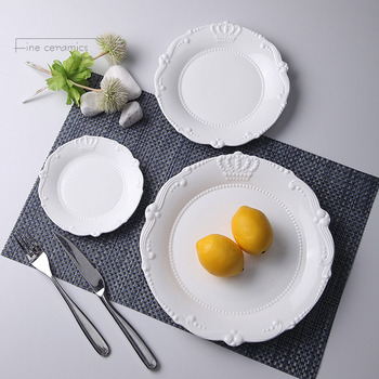 3 uds set 6 + 8 + 10 pulgadas blanco relieve porcelana Navidad plato diseño de corona de cerámica juego de platos para cenar boda platos de servir