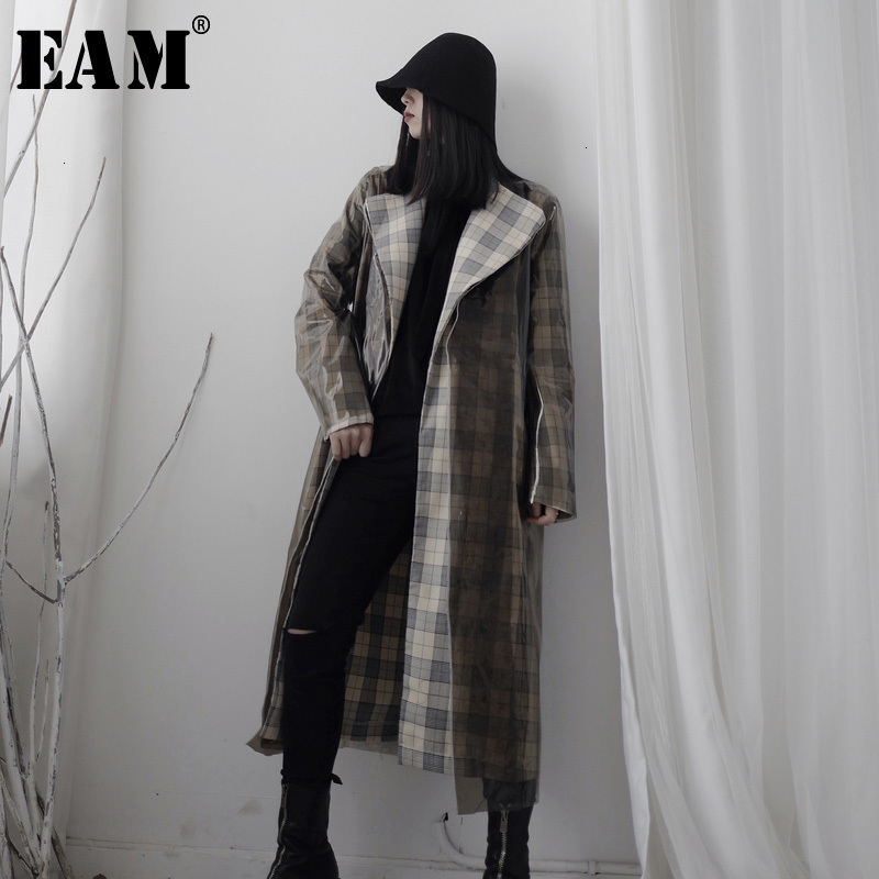 [EAM] Women Black PVC Long Big Size Trench New Lapel Long Sleeve Loose Fit Windbreaker Fashion Tide Spring Autumn 2020 19A-a689