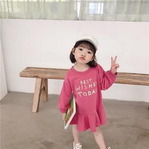 Image 5 - Весеннее Новое поступление, универсальное свободное хлопковое платье в Корейском стиле с длинными рукавами и буквенным принтом для милых маленьких девочек