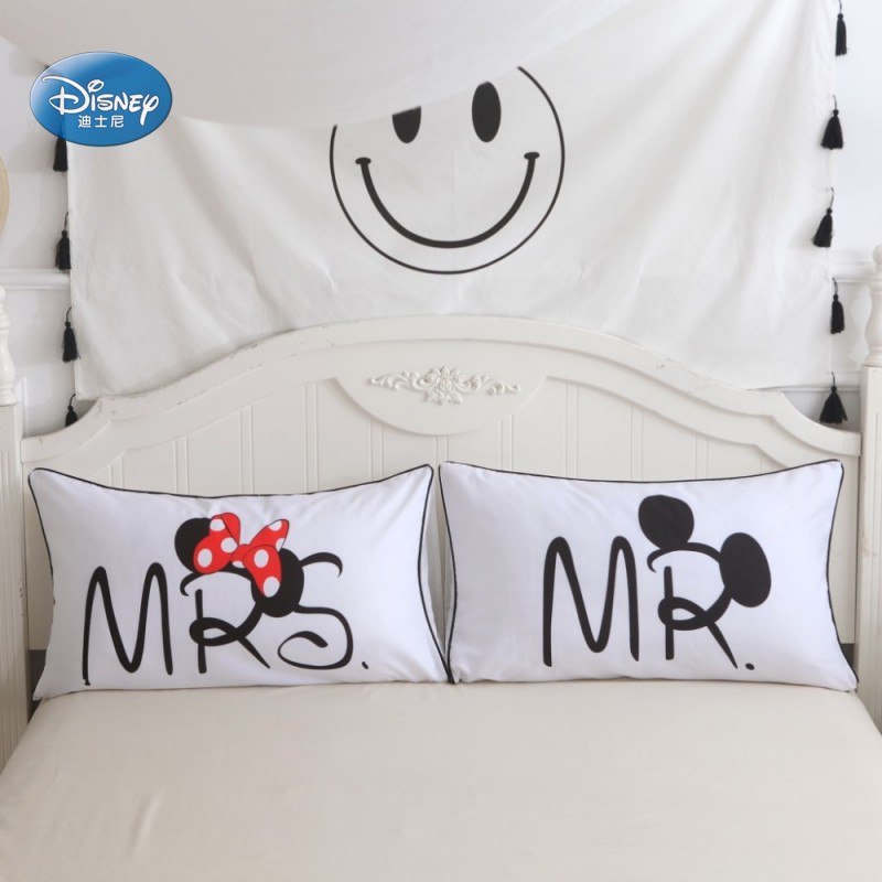 conew_minnie and mickey pillowcases (7)