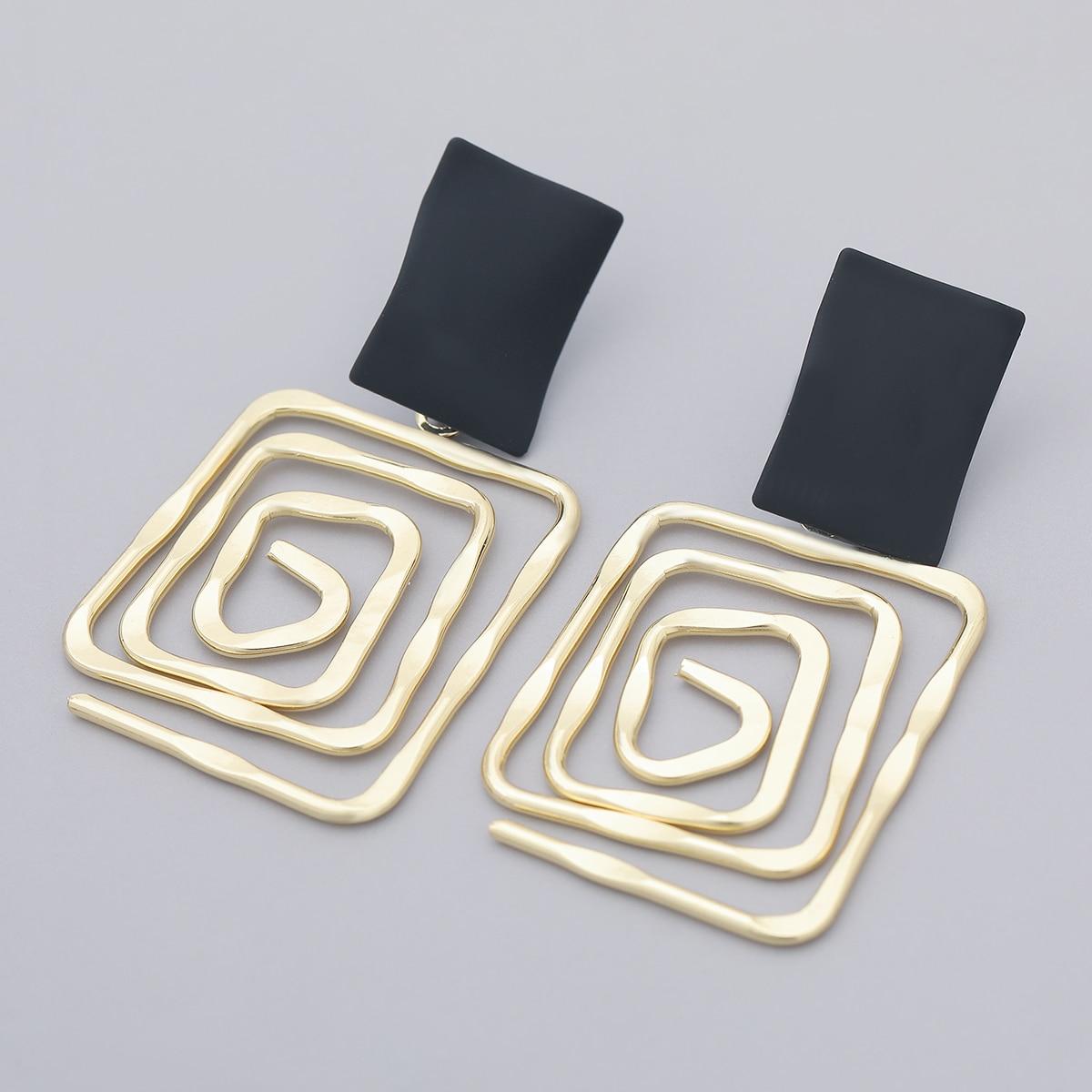 Fashion Simple Metal Back Shape Geometric Earrings Women's Popular Creative Drop Earrings Retro Party Jewelry Accessories