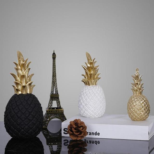 Nordic Style Resin Gold Pineapple Home Decor Living Room Wine Cabinet Window Display Craft luxurious Table Home Decoration Props 2