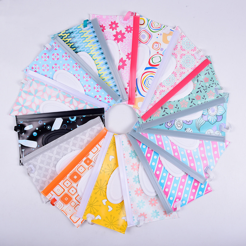 Eco-Friendly Baby Wet Wipes Bag Cartoon Print Reusable Wet Wipes Cover Container For Wet Wipes Baby Skin Care Travel Wipes Bag
