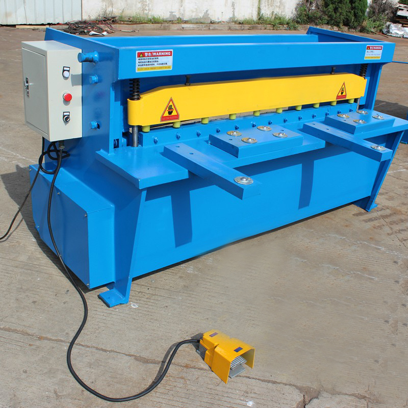 Electric Shearing Machine For Cutting Thickness 2mm Length 1300mm CC Sheet Plate