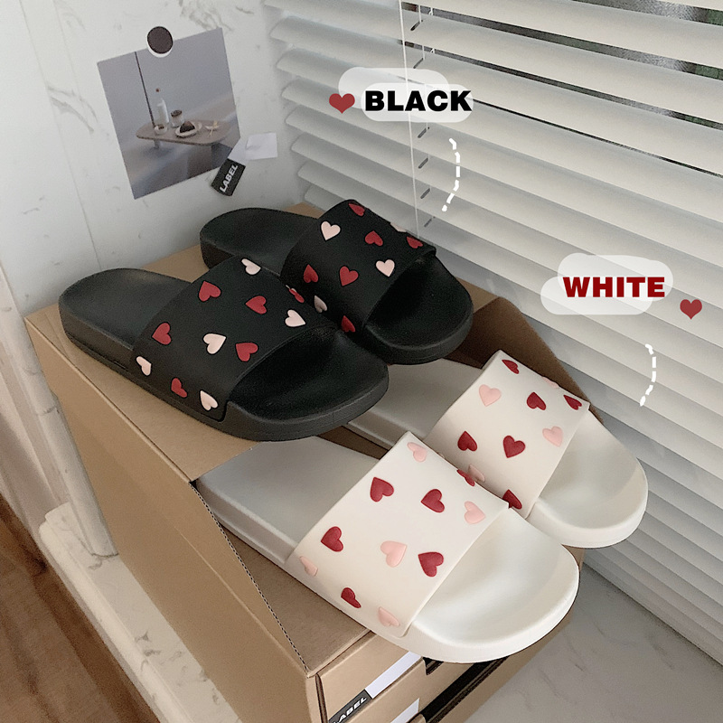 INS Fashion Women Summer Slippers Lovely Heart Patterned Beach Slippers For Female Home Bathroom Non-slip Women Shoes Trendy