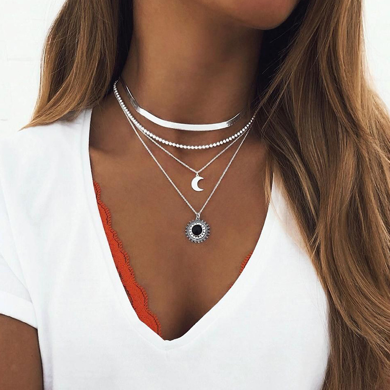 Fashion New Clavicle Chain Bead Snake Choker Necklace Women Silver Color Moon Sun Lotus Pendant Necklace Girls Collares Collier