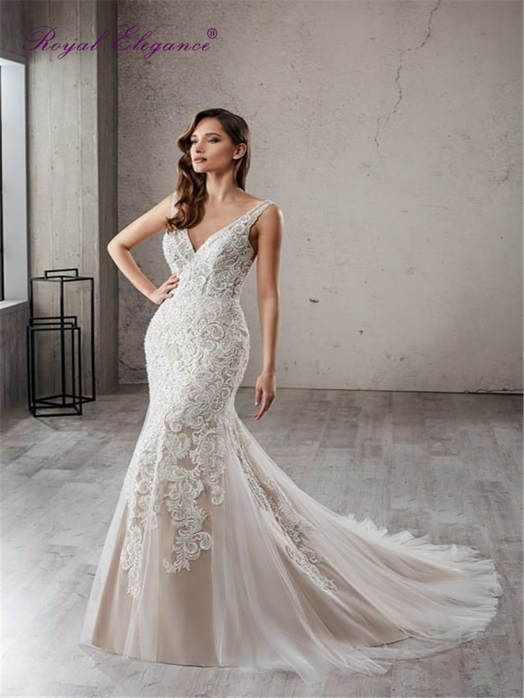 Royal Elegance Illusion Back Mermaid Champagne Straps Wedding Dresses Lace Appliques  Bride-to-be Gowns