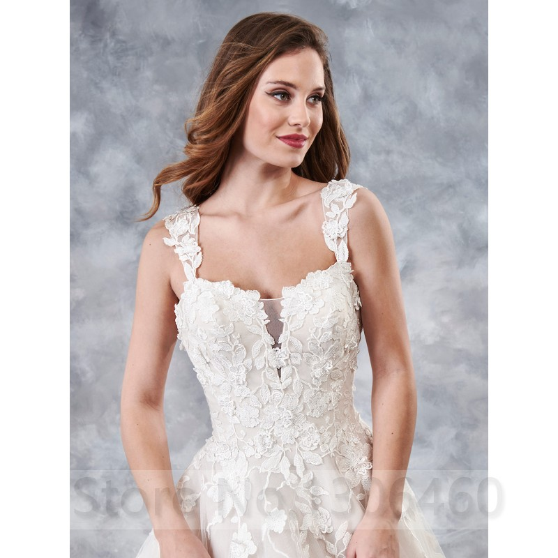 White Ivory Princess A Line Boho Wedding Dress With 3D Appliques Backless Bridal Gown vestido de festa longo 2019 in Wedding Dresses from Weddings Events