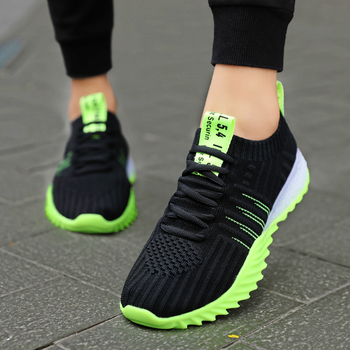 Brand Men Shoes Sneakers Flats Mesh Slip on Loafers Fly Knit Breathable Mesh Casual Shoes Lac-up Comfortable Zapatillas Hombre