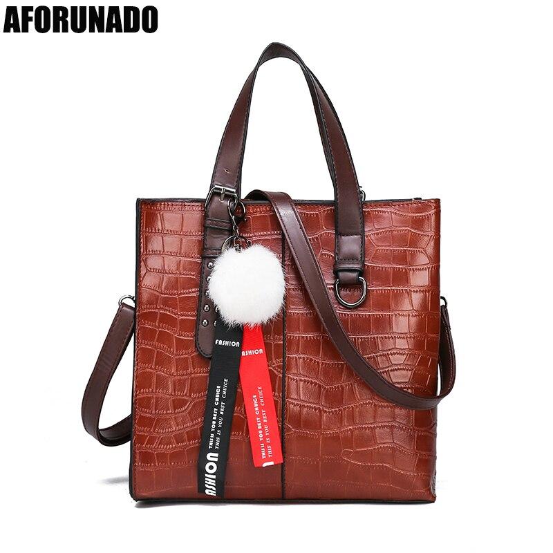 Bolsas de Luxo Designer de Couro Crossbody para as Mulheres Bolsas Femininas Sólido Pingente Tote Bolsa Ombro Moda Alta Qualidade 2020 Mod. 95350