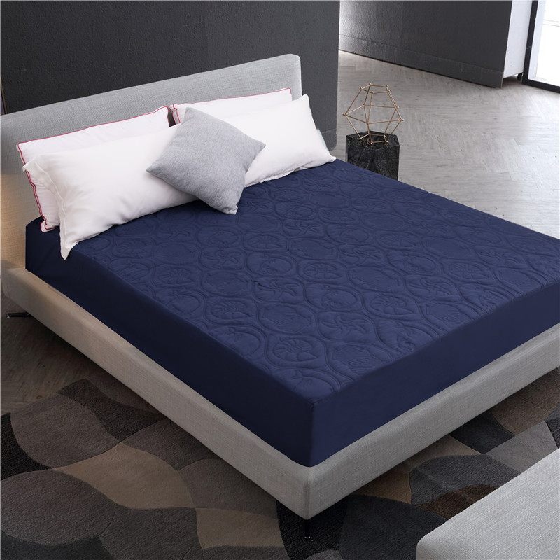 Solid Color Quilted Embossed Waterproof Mattress Protector Cover Fitted Sheet Style Cover for Mattress Thick Soft