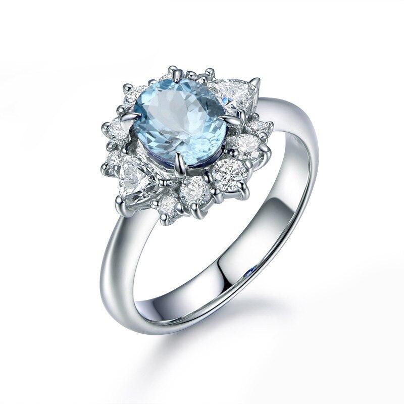 Женское кольцо с натуральным голубым топазом 1,25 карата