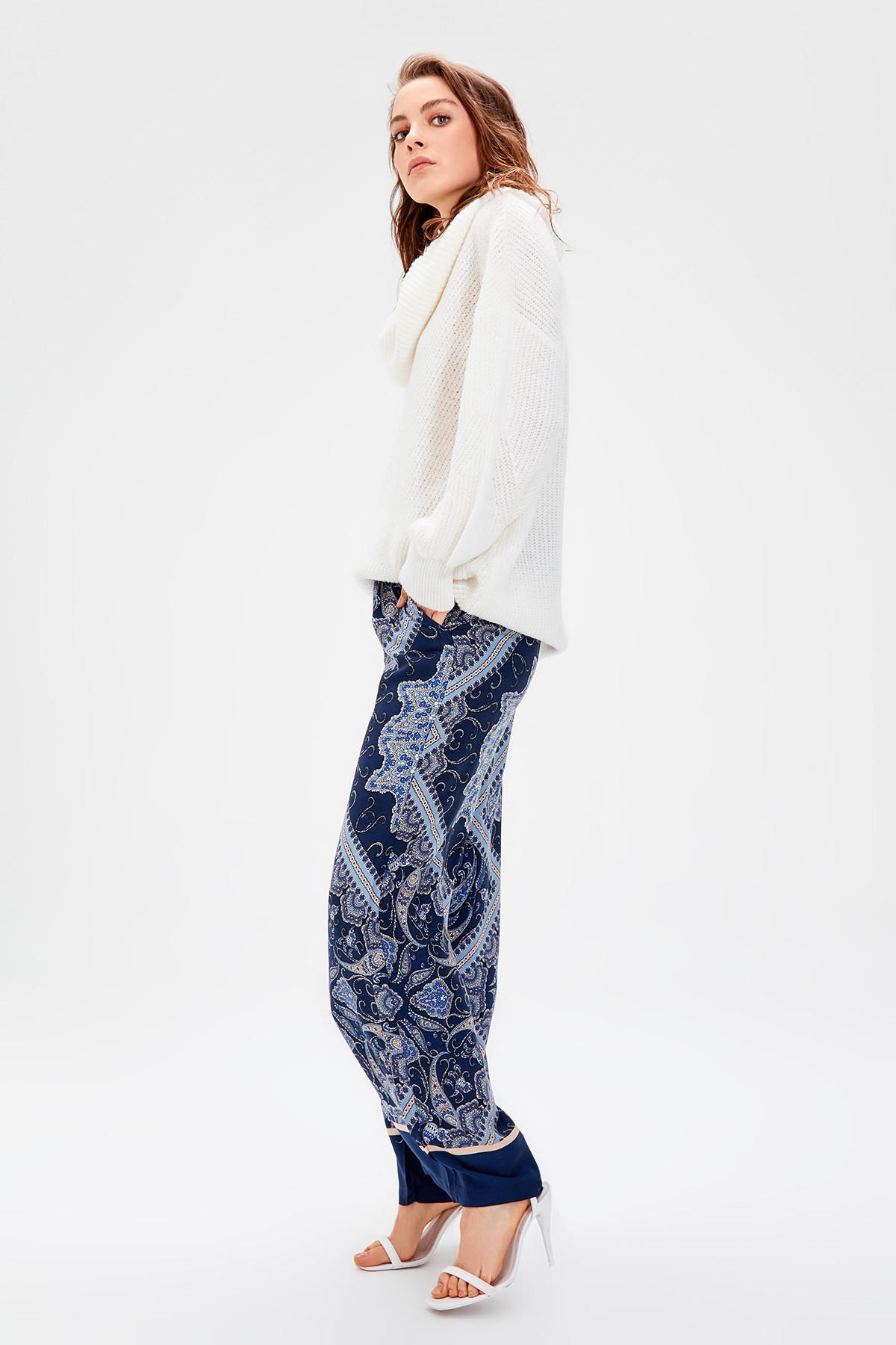 Trendyol Blue Print Pants TWOAW20PL0138