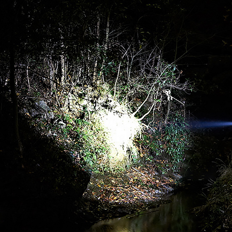 Rechargeable Portable Flashlight LED Adjustable Torch Focus Zoom Lantern Mini Q5 Light 5W 500LM Camping Hiking Lamp