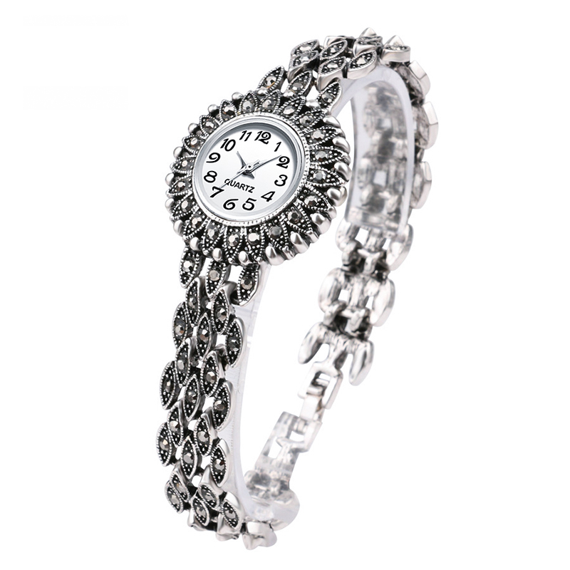 Luxury Fashion Antique Silver Bracelet Quartz Wristwatch Women's Watches Luxury Lady Dress Watches Crystal Watch Montre Femme