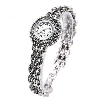 Luxury Fashion Antique Silver Bracelet Quartz Wristwatch Womens Watches Lady Dress Crystal Watch Montre Femme
