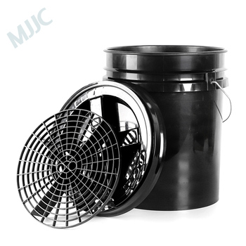 MJJC Brand with High Quality Detailing Kit of 5 gallon bucket, Grit Guard and Gamma seal lid