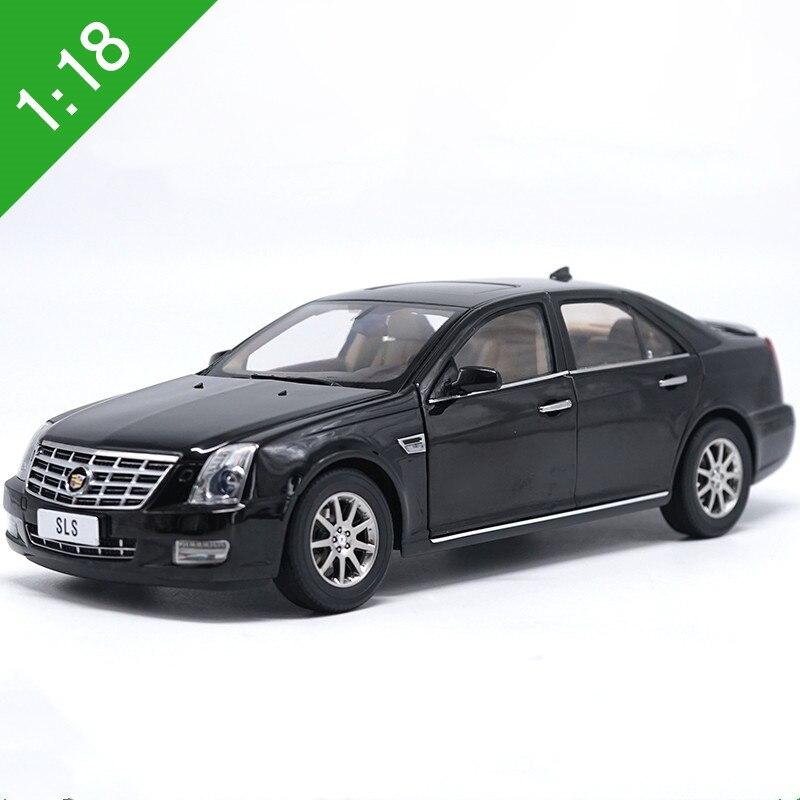 Haute qualité 1:18 Cadillac SLS modèle en alliage, simulation moulé sous pression en métal berline modèle collection, cadeaux exquis, livraison gratuite