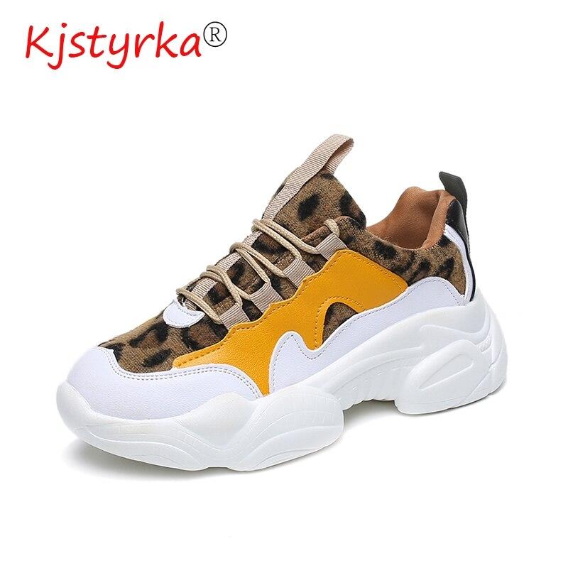 Kjstyrka 2019 новые леопардовые разноцветные плюшевые модные высококачественные женские кроссовки зимние tenis feminino женские эспадрильи на танкетке