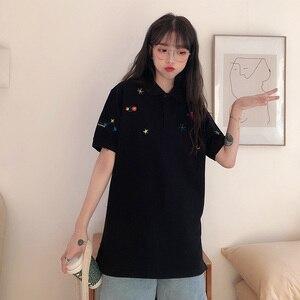 Image 4 - Kadın işlemeli üstleri yaka aşağı kore Polo kısa kollu T shirt T Shirt grafik baskı Tees gömlek büyük boy moda şık